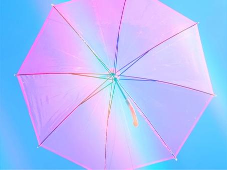 明るい 夏 空 晴れ テキスト ピンク 綺麗 背景 透明 晴れ間 虹 光 レインボー 雨上がり 6月 色 太陽 風 雨 雨降り デザイン 虹色 抽象 鮮やか 日傘 傘 レインボーカラー テキストスペース レイン かさ カサ 雨傘 雨具 オシャレ 雨あがり アンブレラ バナー ビニール傘 バックグランド WEB ヘッダー 梅雨明け ビニル傘 ウェブ ウェブサイト パステルピンク ウェブページ 梅雨入り 色とりどりの 広告素材