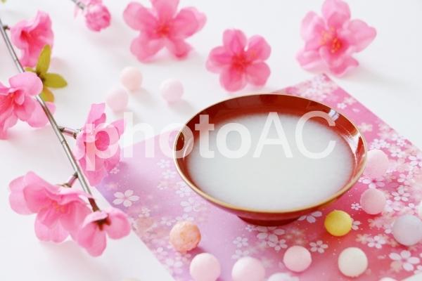 白酒 桃の花 ひなまつりの写真