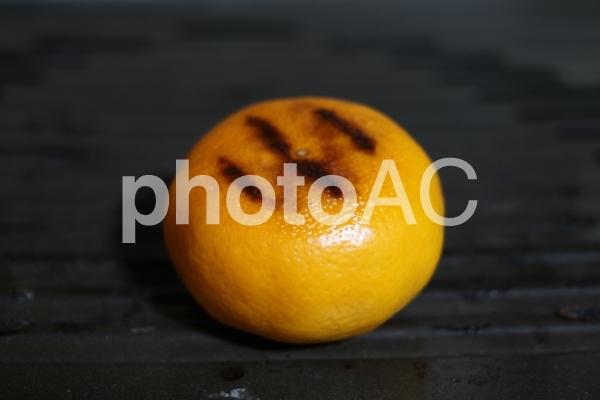 ストーブの上で焼いた「焼きみかん」 07の写真