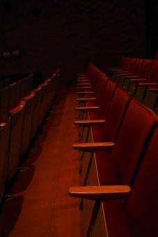 コンサート 座席 席 椅子 コンサート会場 映画館 劇場 小屋 芝居 ライブ 観客席