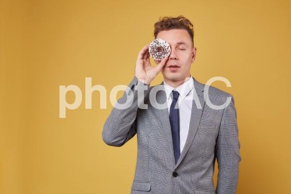 ドーナツとビジネスマン11の写真