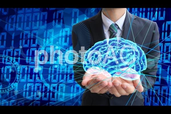 人工知能とビジネスマンの写真