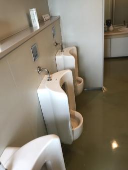 公衆トイレの写真