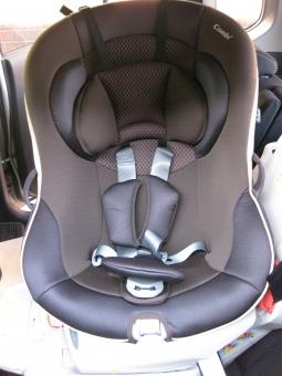 チャイルドシート 赤ちゃん 車 椅子 座席 ベビー 安全 シートベルト ベルト クッション 安全運転 カー用品 自動車 ドライブ drive baby 幼児 女の子 男の子 乳児 子ども 子供 子ども用 子供用 乗り物 シート