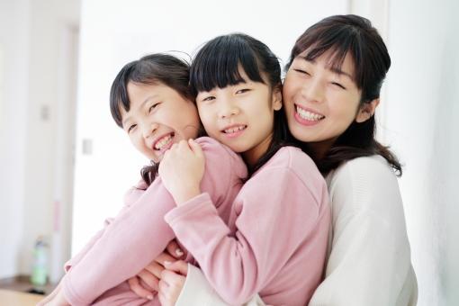 母子の写真素材|写真素材なら「写真AC」無料(フリー)ダウンロードOK