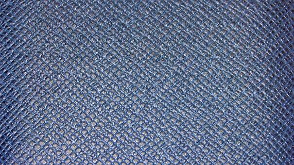 かわ 本革 生地 素材 背景 背景素材 模様 革製品 皮 カワ レザー 財布 高級財布 ブランド 青い 青 黒い 黒 青と黒 パターン 皮革 合皮 手入れ クロコダイル web素材 web テクスチャ テクスチャー 高級品