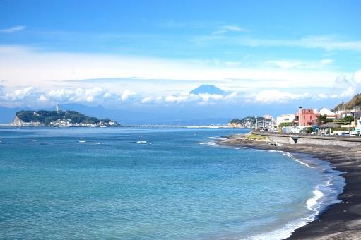 富士山 浜 橋 青空 雲 白 連なる 浜辺 海岸線 湘南 海岸 きらきら 青空 海 水平線 風景,景色,自然,海面,海,波,水面,輝き,キラメキ,キラキラ,光,反射,幻想的,抽象的,ヒーリング,癒し,模様,夏,思い出,質感,一面,背景,バックグラウンド,青,ブルー,マリンブルー うみ,海,海岸,海辺,浜,砂浜,景色,風景,自然,爽やか,湘南,神奈川,ビーチ,波,飛沫,しぶき,海面,水面,水,風,海水浴,夏,リゾート,癒し,環境,空,雲,サーフィン,サーファー,ボード,人物,早朝,爽やか