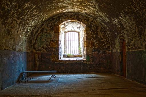 スペイン サンフェラン城内部高画質画像です。
