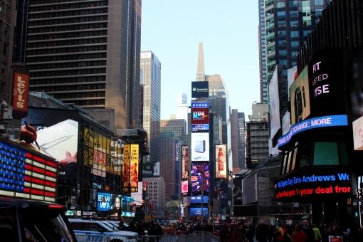 ニューヨーク マンハッタン 街 町並み 建物 ビル タイムズスクエア