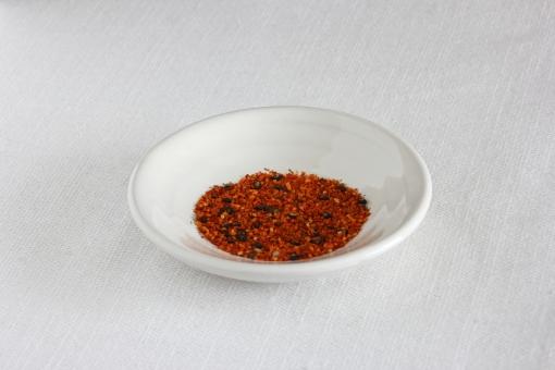七味 唐辛子 しちみ しちみとうがらし とうがらし トウガラシ シチミ 調味料 香辛料 香料 材料 食料 辛い からい カライ スパイス うどん そば 丼 どんぶり ウドン ソバ 蕎麦 日本 日本 和 和風 和食 japan Japan