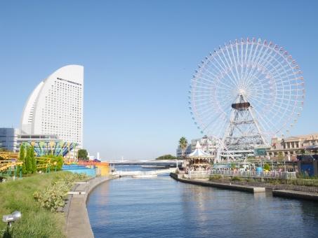 ホテル 観覧車 桜木町 みなとみらい 横浜 海 風景 景色 晴天 晴れ パシフィコ 青