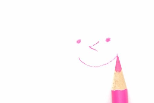 色エンピツ 笑顔の写真