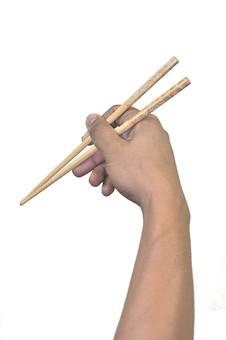 人物 背景 白 白背景 白バック 切り抜き パーツ ボディパーツ 腕 片手 ポイント 指 手首 身ぶり 指示 肌 余白  シンプル ハンドパーツ 右手 人の手 箸 持ち方 持つ 食事