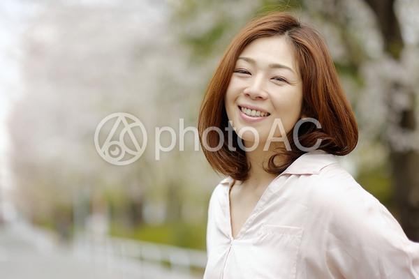 笑顔の女性8の写真