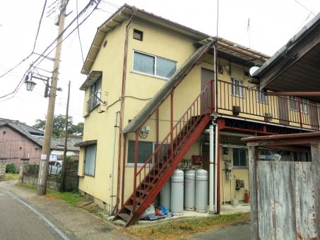 16 街並 窓 二階建て 外階段 古 賃貸 プロパンガス 昭和 アパート 部屋 下宿