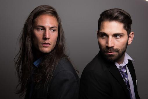 「外国人 二人  男性 画像 無料」の画像検索結果