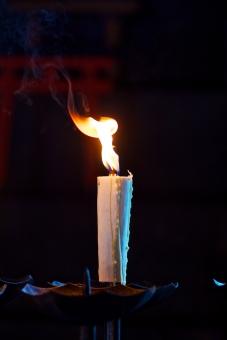 怪談 夏の怪談 修行 精神修行 ホラー ロウソク 炎 祈り 祈祷