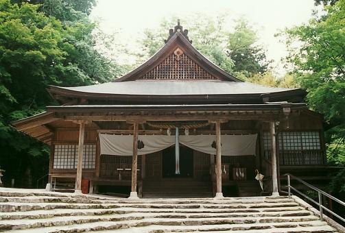 satochi サトチ 山口 yamaguchi 山口大神宮 神社 shrine じんじゃ step 階段 かいだん 石段 japan 日本