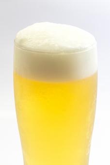 ビール 飲み物 忘年会 新年会 宴会 歓送迎会 歓迎会 飲み屋 居酒屋 グラス 泡 アルコール 発泡酒