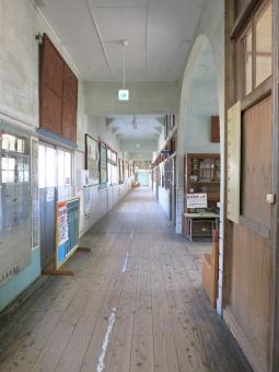 教室 廃校 木造 校舎 学校 床 茨城 朝日里山 茨城 やさと 石岡 2015