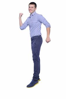 人物 男性 外国人 20代 30代 若者 日常 生活 チェックのシャツ ギンガムチェック スニーカー 青 ブルー カジュアル ファッション 飛び跳ねる ジャンプ ガッツポーズ 動作 動き 運動 体操 喜び 爽やか 笑顔 スマイル ポーズ ポートレート 白背景 背景無地 スタジオ撮影 若い mdfm015