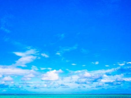 ハワイ 海 空 雲 エメラルドグリーン スカイブルー 遠く 浮かぶ 地平線 広い オーシャン 海上 ビーチ ビュー 見渡す テクスチャ 青空 外国 南国 バカンス バケーション 物語 壮大 水平線 青 atohs 海面 背景 常夏 クルーズ