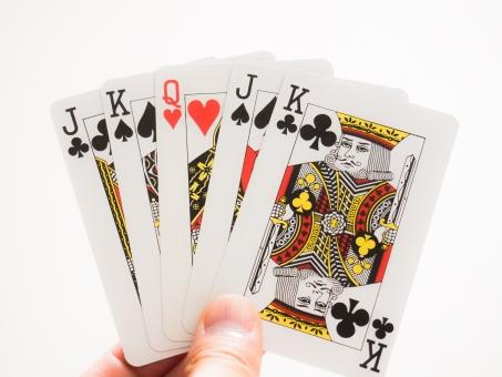 トランプ 紅一点 ハート ダイヤ スペード クローバー クイーン キング ジャック 女の子 男の子 プリンセス マドンナ 美人 美少女 美女 理系 カード ポーカー ボディガード 取り合い 女性 男性 バレンタイン ホワイトデー