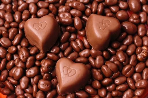 2月 2月14日 行事 イベント バレンタイン Valentine's Day バレンタインデイ バレンタインデー  チョコレート チョコ ミルク ビター ブラック ワイン ブランデー 麦チョコ 市販 手作り お菓子 本命 義理 友達 友チョコ   女子 女の子 女子力 ハート ハート型  贈り物 プレゼント