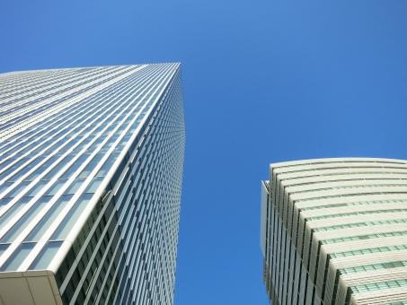 タワー オフィス ビジネス 会社 シティ 企業 青空 青 ガラス 見上げる 空 よこはま ヨコハマ 神奈川 yokohama 16 横 ヨコ みなとみらい クール 静 見上げ アーバン 未来 仕事 ビルディング 都会 都市 city 横浜