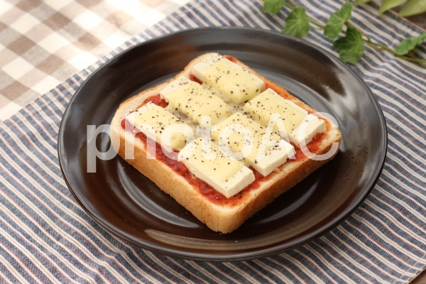 洋風豆腐トーストの写真