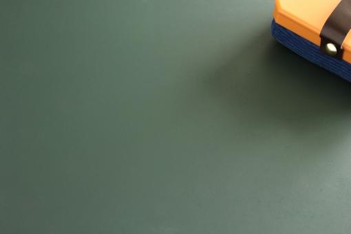 黒板消し ボード 黒板ボード 板 背景 素材 背景素材 web web素材 台紙 壁紙 壁 紙 下地 土台 チョーク 書く 学校 授業 筆記 消す 緑 緑板 メモ メッセージ 伝言板 連絡板 コメント 表紙 タイトル