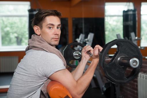 トレーニングする男性の画像検索結果