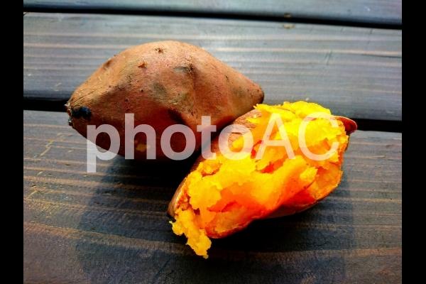 安納芋の石焼きイモの写真