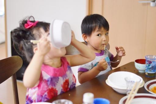 パスタ 食べる 子ども 子供 こども 子供達 男の子 女の子 ご飯 おいしい mdfk023
