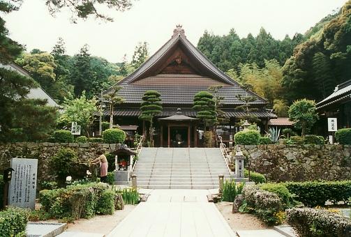 satochi サトチ 山口 ヤマグチ やまぐち yamaguchi tower とう トウ 塔 寺 てら テラ temple 瑠璃光寺 るりこうじ ルリコウジ japan 日本 名所