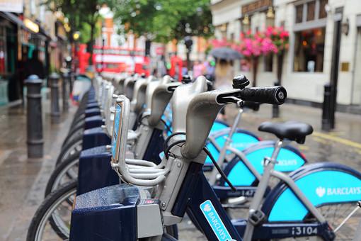 外国 ロンドン 街並み 風景 自転車 自転車置き場 レンタサイクル 貸し自転車 整列