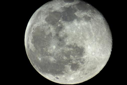 月 月夜 満月 望遠鏡 うさぎ 名月 秋 中秋 クレーター 双眼鏡 天体 撮影 写真 キャンプ