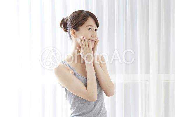 日本人女性リラックス35の写真