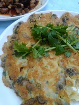 牡蠣 お好み焼き チヂミ 韓国料理 台湾料理 牡蠣のお好み焼き おいしい グルメ b級 oisi yummy okonomiyaki kaki oyster