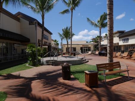 ハワイ アウトレット やしの木 買い物 空