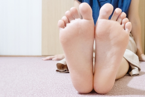 「足 フリー素材」の画像検索結果