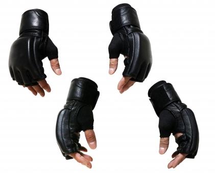 格闘技グローブの手切り抜き画像素材(PSD)の写真