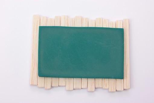 アート 芸術 もの 作品 無機物 美術 手作り クレイアート 粘土 やさしい かわいい つくる 細かい イメージ ビジネス 会社 黒板 書く 資料 告知 内示 発表 プレゼン 企画 書記