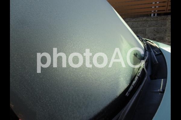 凍ったフロントガラスの写真