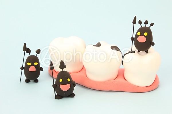 ばい菌と虫歯1の写真