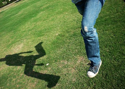 ジャンプする人の写真
