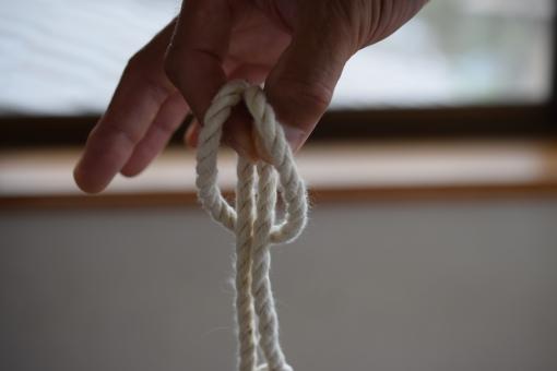 カウヒッチ ひばり ひばり結び メガネ すっこけ チチワ チチワ結び ザイル 山岳 登山 山登り ロープワーク カウ ヒッチ ロープ