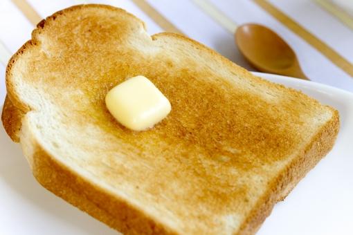 トースト 食パン パン バター 朝食 食事 食べ物
