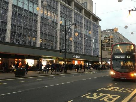 外国 ロンドン イギリス 赤いバス 英国