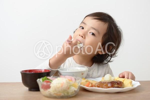 母と子 食事42の写真